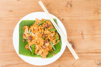 malaysian fried noodles eating etiquette